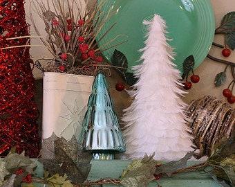 "12"" Decorative White Christmas Tree - White Feather Trees for Holiday Event & Winter Wonderland Home, White Wedding Decor ZUCKER®"