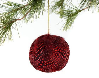 Decorative Red Feather Ornament - Natural Dyed Guinea Feathers - Christmas Decor, Unique Holiday Decorative feather ornament ZUCKER®