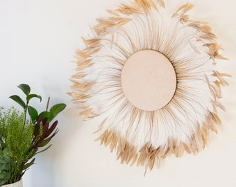 Unique Decorative Feather Wall Art, Feather Art, Beige Stripped Rooster Coque Tails Wall Decor for Home and Office, Feather Placemat ZUCKER®