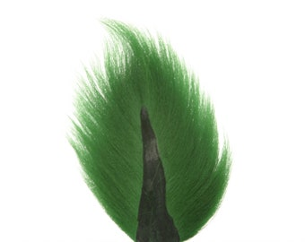 Deer Tails Dyed Kelly Green (KG) over Natural - For Fly Fishing, Fly Tying ZUCKER®