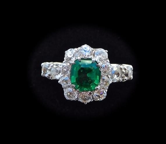 Art deco Emerald & Diamond Cluster Ring, art deco
