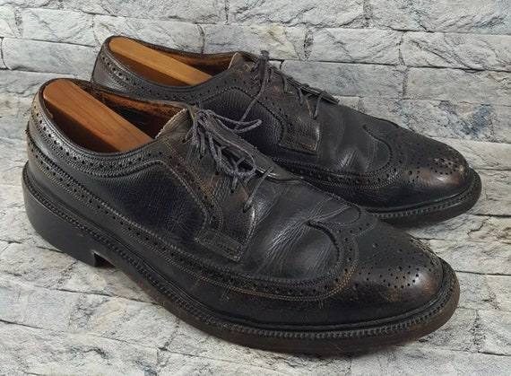 6ef73fe43ff06 Vintage Florsheim Imperial 93602 Men's Black Leather Wingtip 5 Nail Cleat  Wingtip Dress Business Oxfords Shoes Size 10 E