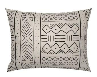 Mudcloth Inspired Zig Zag  by charlottewinter Mud Cloth Pillow Sham Minimalist Cotton Sateen Pillow Sham Bedding by Spoonflower