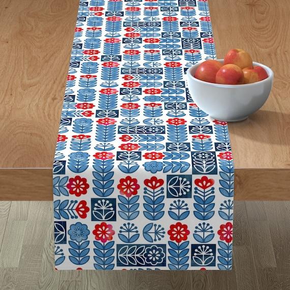 Table Runner Scandinavian Floral Flowers Swedish Dots Circles Mod Cotton Sateen