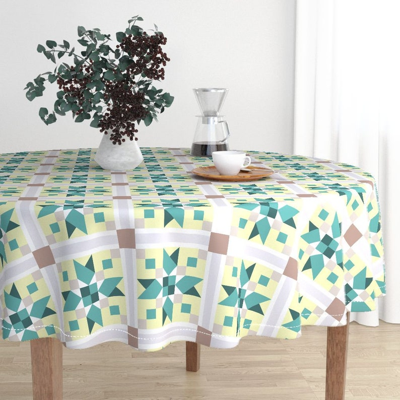 Blanket Quilt  Cotton Sateen Circle Tablecloth by Spoonflower Arrowhead Quilt Block Green  by katie/_hayes Country Round Tablecloth