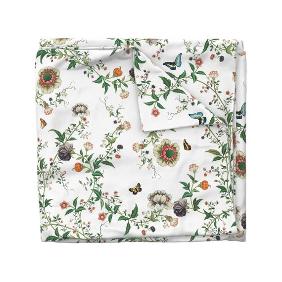 Butterfly Floral  Cotton Sateen Table Runner by Spoonflower Chinoiserie Table Runner The Dowager/'s Chinese Room White by lilyoake