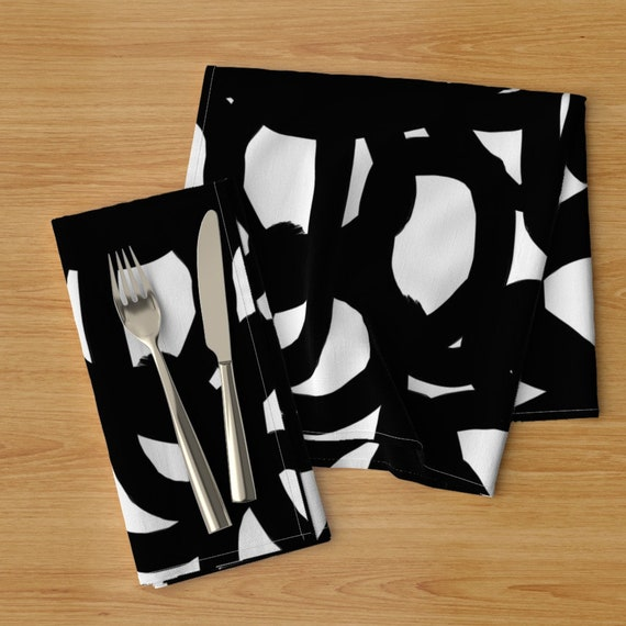 Leaves  Abstract Contemporary Cloth Napkins by Spoonflower Set of 2 Flowers Dinner Napkins - Bold And Contemporary  by patternanddesign