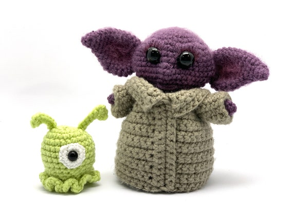 Alien Invasion - Amigurumi - Crochet Pattern | 427x570