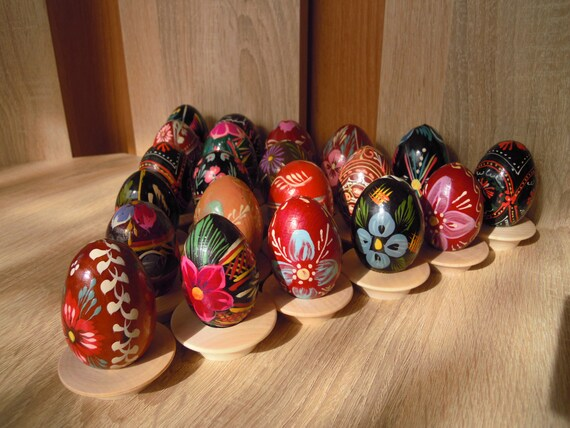 Ukrainische Ostereier mit Blumenmuster Bemalte Ostereier aus Holz f/ür den Osterstrauch