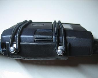 Strap-Fold / wireless guitar transmitter holder / zenderhouder