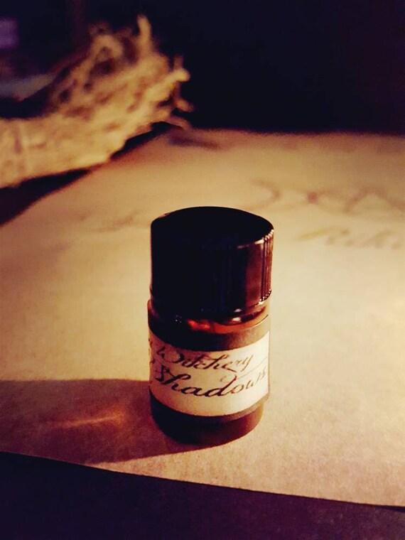 2 ml Book of Shadows spell oil. Ritual, spellcasting, altar supplies