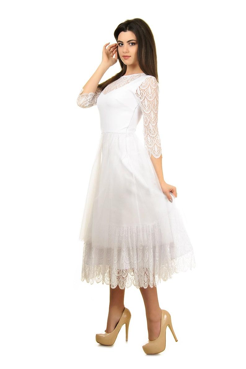 Retro style modest wedding dress Minimalist long sleeve wedding dress