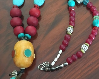 Boho Ethnic Hippy Necklace Round Beaded Necklace Multi Wooden Beads African Tribal Pendant Necklace Hook Closure