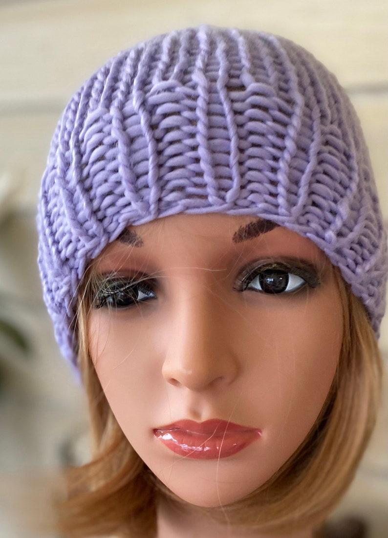 Unisex lavender beanie.