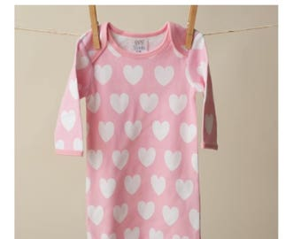 Heart print Valentine's Day Infant gown with/without hat