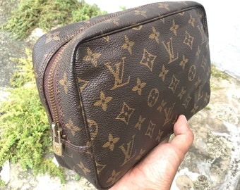 Vintage 80 s Authentic LOUIS VUITTON Classic Monogram Canvas Trousse  Toilette PM 23 Toiletry Makeup Case Cosmetic Bag 2c5f95c106278