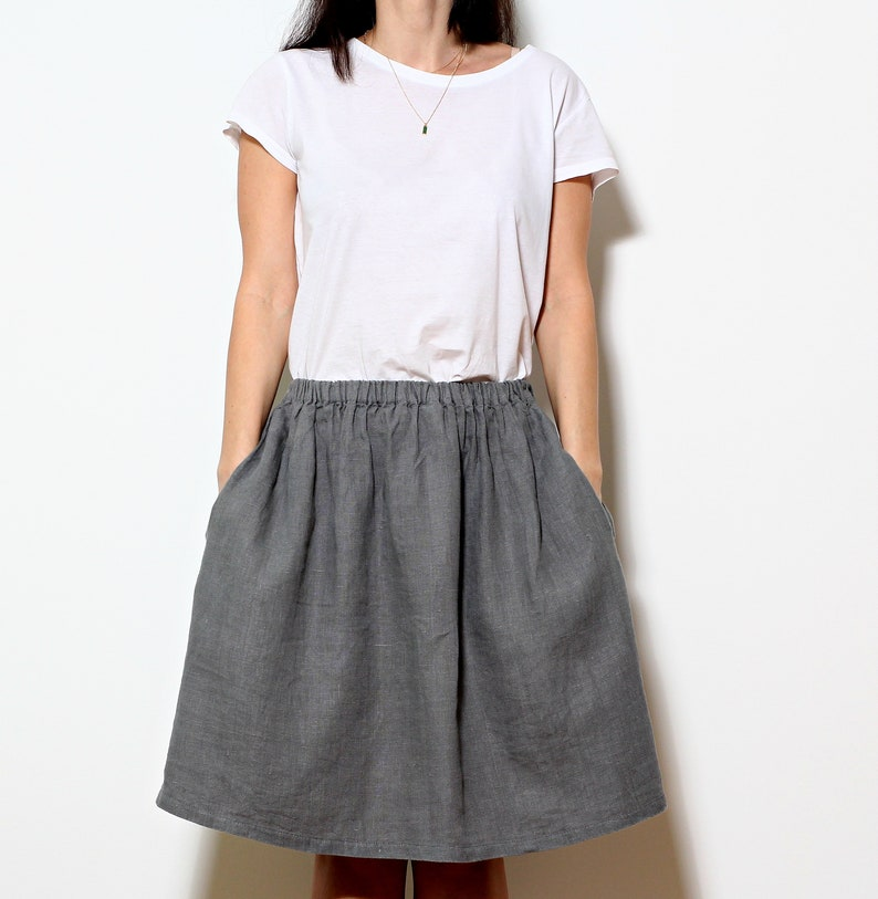 1c0094c11016 Linen midi skirt with elastic waist and pockets Natural linen