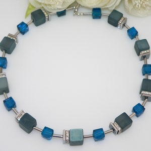Caribbean Feeling Blue Turquoise Polaris Cube Necklace