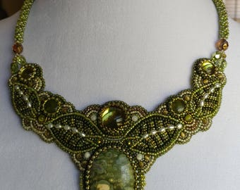 Green Stone Leaf Motif Necklace - Bead Embroidered