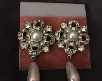 Vintage Rhinestone and Pearl Dangling Earrings