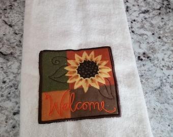 Hanging kitchen towel/Yellow kitchen towel