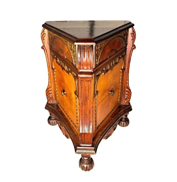 Ausgefallene Dreieckigen Schrank Kommode Nachttisch Ende Seite Tisch Antik Vintage