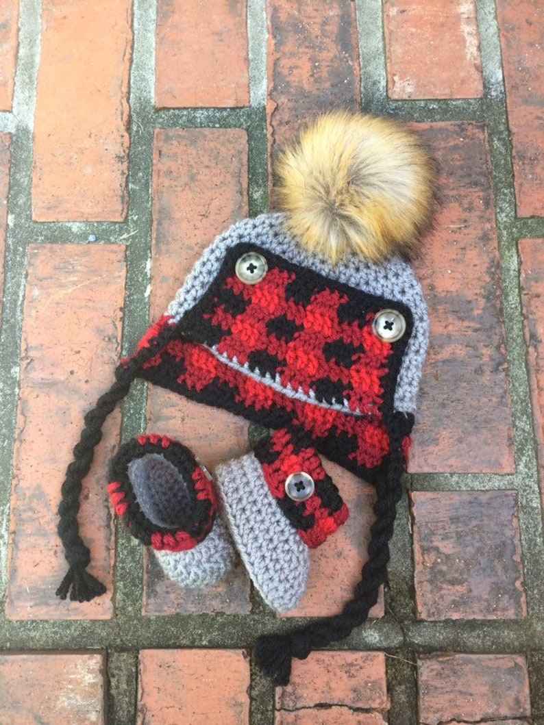 afbe630e8aef9 Crochet Plaid Baby Trapper Hat   Bootie Set Crochet Trapper