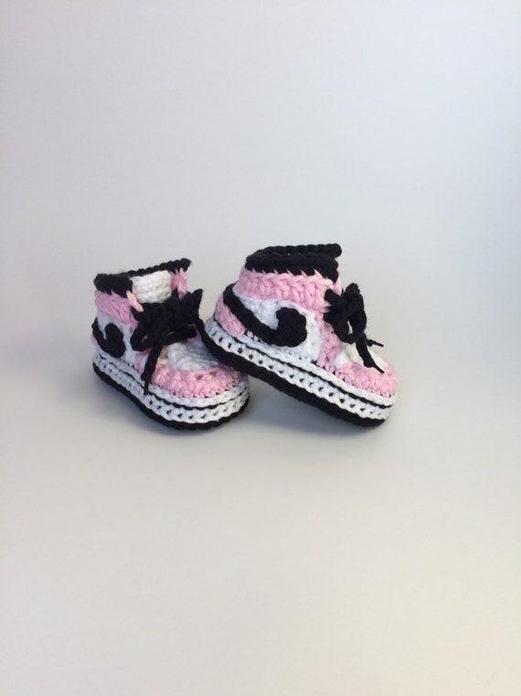 Variedad Fonética mercenario  Häkeln Luft Jordan Stil Baby Sneakers häkeln Baby Nike | Etsy