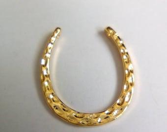 Goldtone 17x15mm Horseshoe charm
