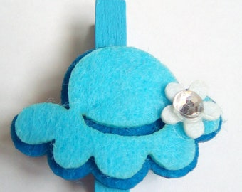 clothespin ornament blue white felt 4, 5 x 4, 5cm