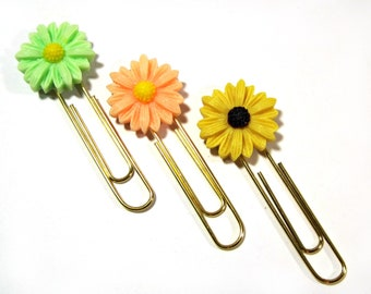 Green/Peach/Yellow Resin Daisy Planner Paper Clip - Altered Paper Clip - Bookmark - Planner Accessory - Planner Clip -  Flower Planner Clip