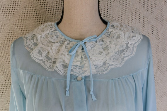 Vintage Pastel Blue Half Robe with Lace Ruffle Det