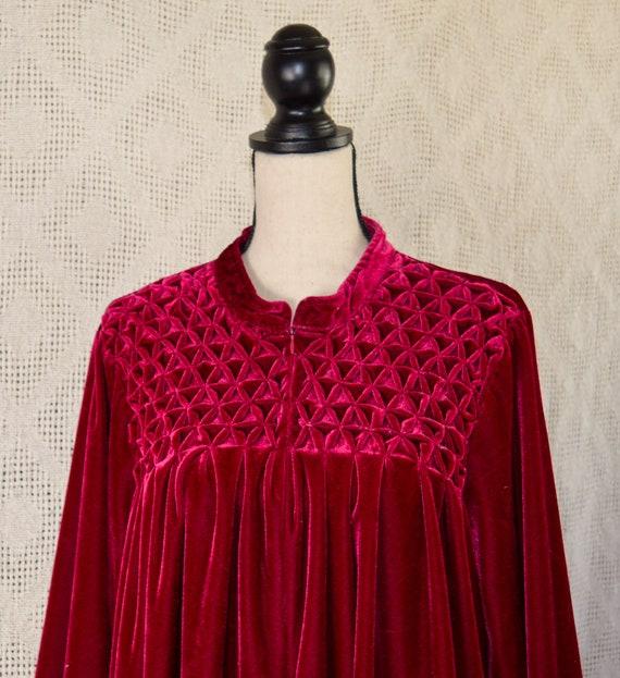 Vintage 1990s Plus Size Velvet Robe