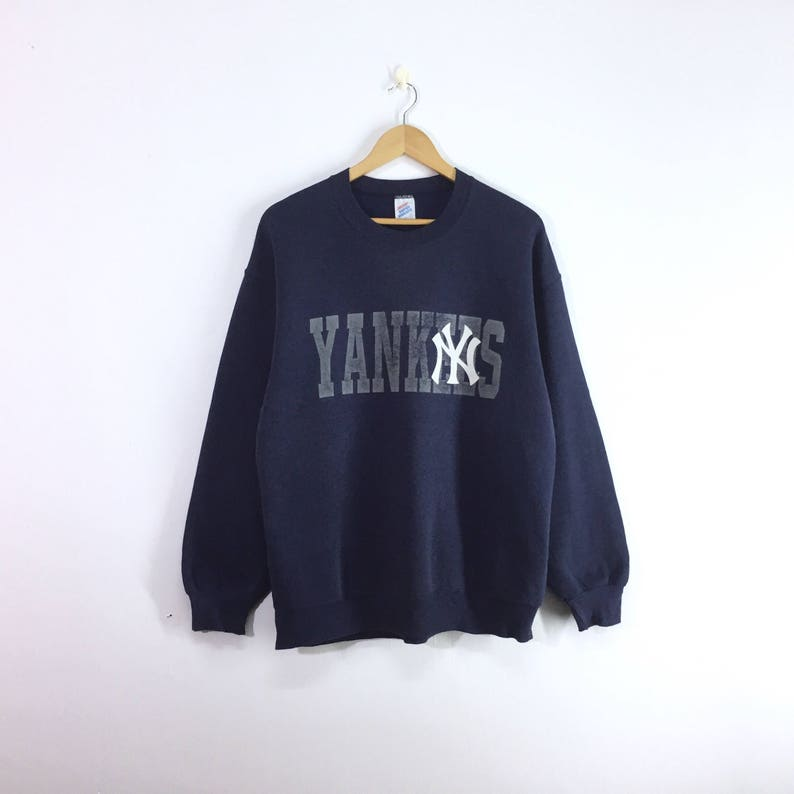 super popular 6f016 b1526 Rare!! New york yankees sweatshirt jumper pullover NY Yankees big spellout  logo
