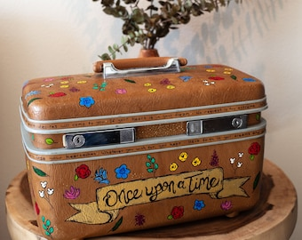 a7c8b580d617 Once Upon a Time Disney Suitcase