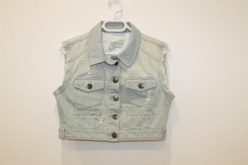 Blue Denim Cropped Jacket Vest Women Romantic Country Western Cotton Rocker Metal Buttons Waistcoat Medium Short Top Jeans Bolero Vest Denim