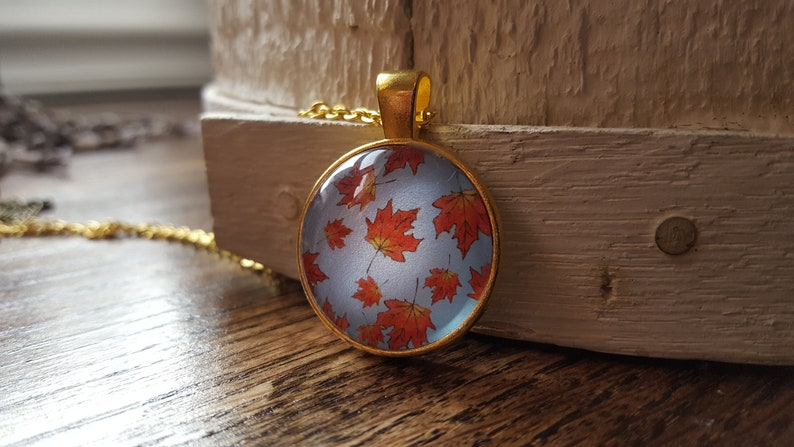 Leaf Necklace/Autumn Necklace/Fall Jewelry/Maple Leaves/Autumn image 0