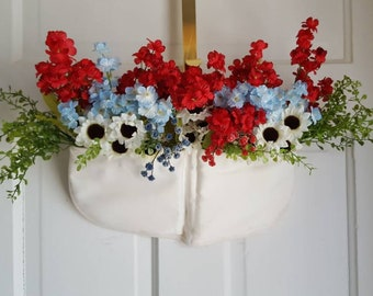 Americana Floral Door Hanger/Red White Blue Flowers/Wall Decor/Patriotic Door Decor/Memorial Day/Independence Day/4th Of July/American Pride