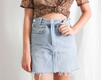 vintage denim levis skirt with raw hem