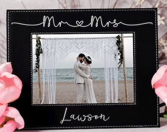 Mr and Mrs Gift Gifts for the Couple Custom Wedding Photo Custom Picture Frame Wedding Gift Newlyweds Gift Frame Wedding Picture Gift