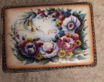 Small Antique Collectible Trinket Box with Hand Painted l ENAMELlid