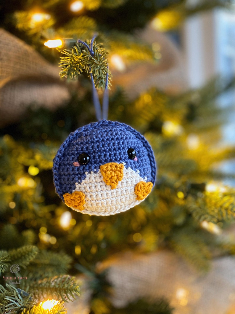 Penguin Ornament Crochet Pattern image 0