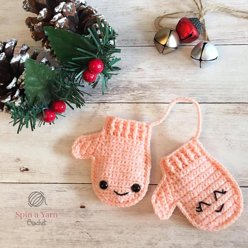 Mittens Ornament Crochet Pattern image 0