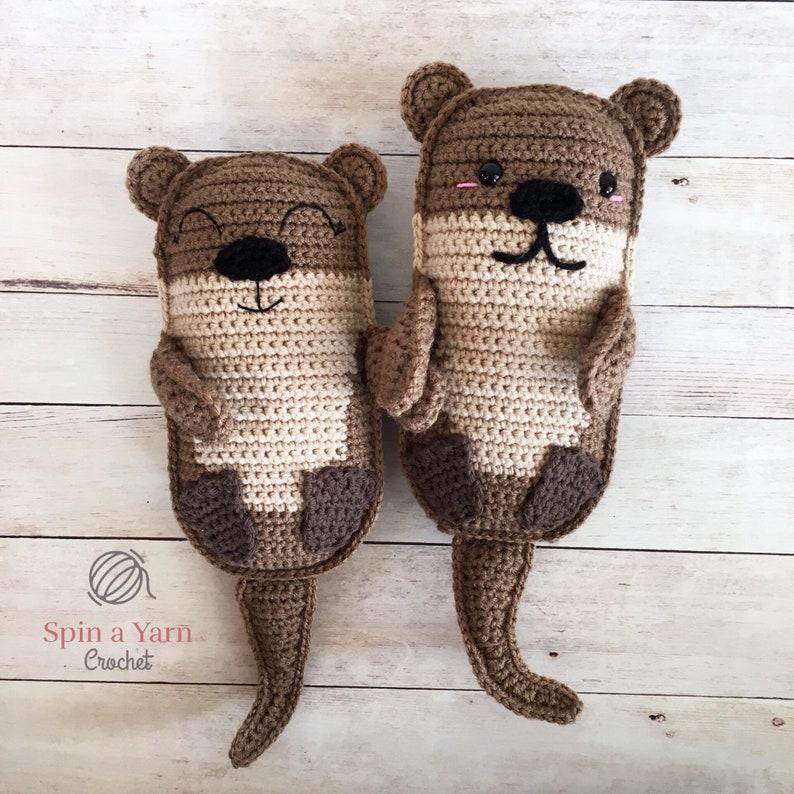 Amigurumi Otter Family Crochet Pattern image 0