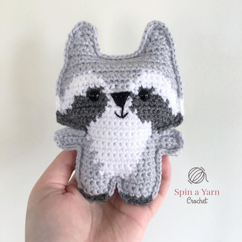 Pocket Raccoon Crochet Pattern image 0