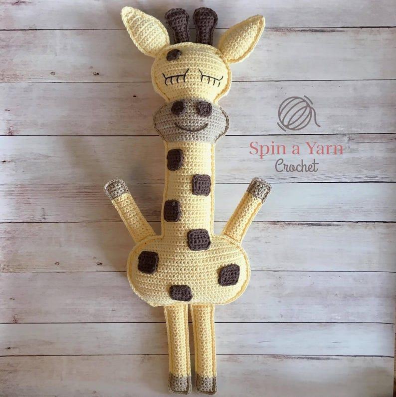 Ragdoll Giraffe Crochet Pattern image 0