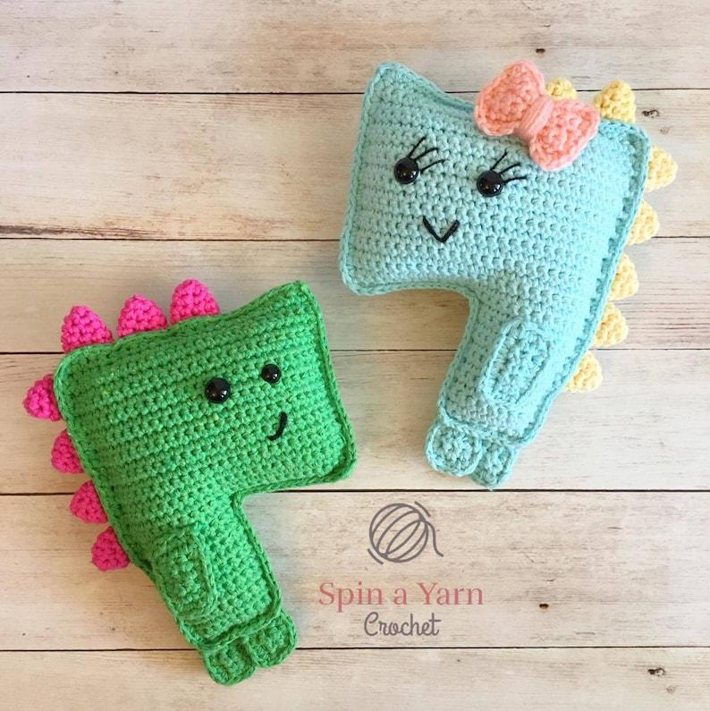 Terrifying T-Rex Crochet Pattern image 0