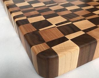 Jumbled chopping board