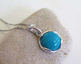 925 Sterling Silver Turquoise Pendant - Vintage Necklace - Dainty Necklace - Gemstone Necklace - 925 Sterling Silver Pendant - Delicate