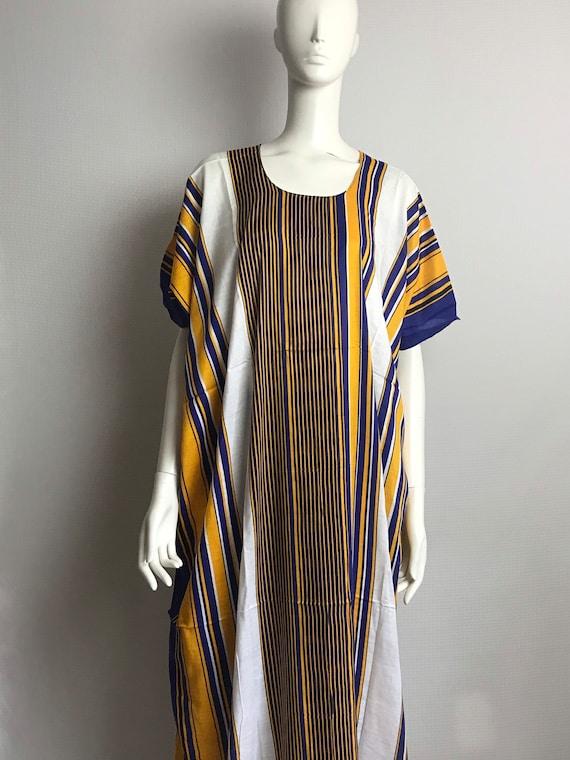 Multil coloured  kaftan dress . Kaftan boubou Gold studs